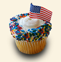 inset-flagged-cupcake